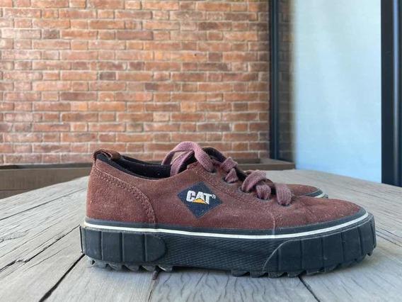 Zapatillas Cat Bordeaux De Montaña Usada Como Nueva