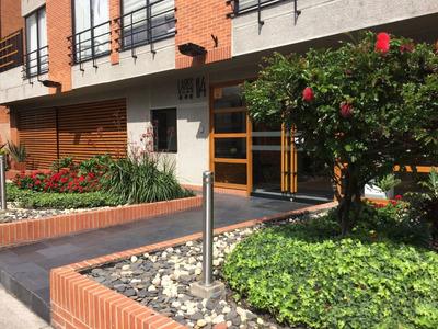 Apartamento En Arriendo/venta Santa Barbara 642-4084