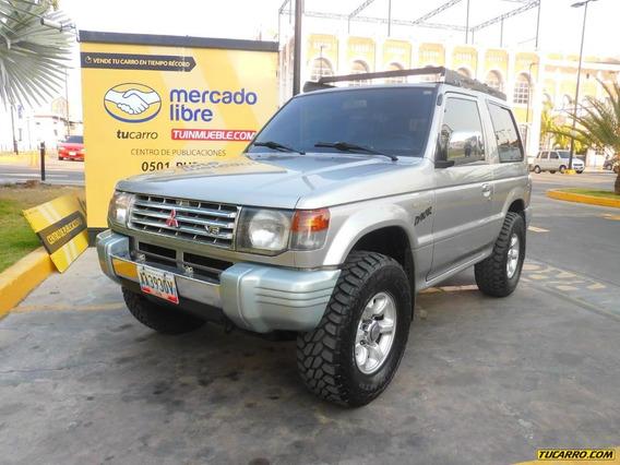 Mitsubishi Montero Glx