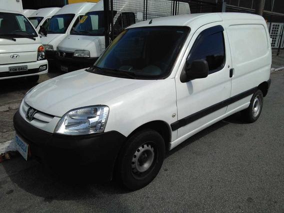 Peugeot Partner Furgão 1.6 Flex Ano 2011 R$ 13.500,00 Financ