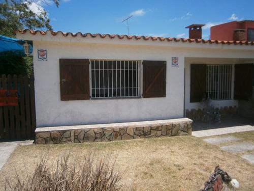Casa En Alquiler 2 Dormitorios En Parque Del Plata -vistanet