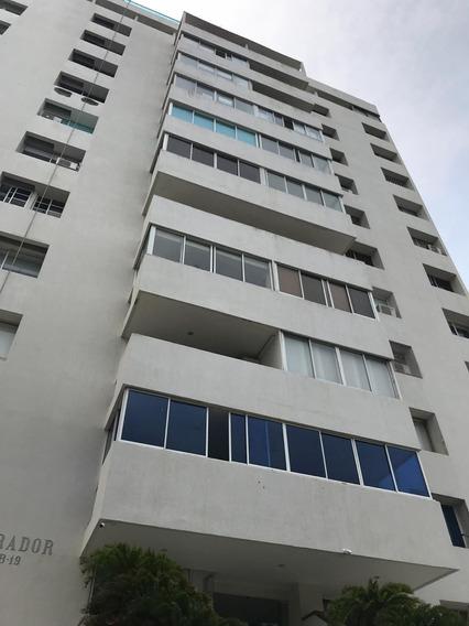 Apartamento Arriendo, El Laguito.