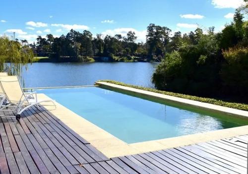 Divina Casa Con Fondo Al Lago