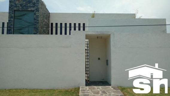 Casa En Venta En La Moraleda En Atlixco Sc-1803