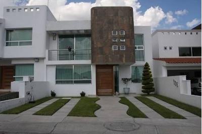 Residencia En Cumbres Del Lago, 4 Recámaras, Cto De Cine..