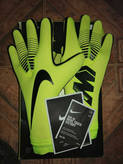 Guantes Nike Mercurial Touch Victory