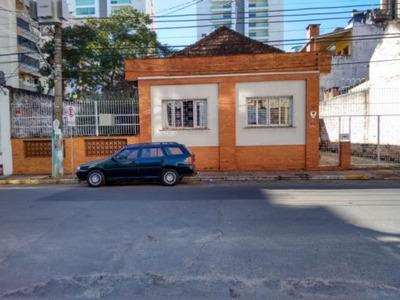 Casa Em Centro Com 3 Dormitórios - Vr15284