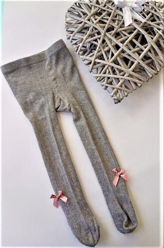 Media Pantalón Para Niñas Color Gris Con Moño Rosa