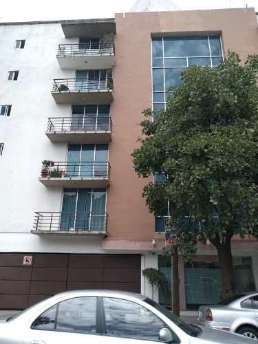 Departamento En Venta A Media Calle Del Eje 8 Y A 2 Calles De Lazaro Cardenas
