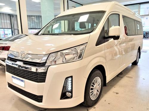 Imagen 1 de 15 de Toyota Hiace 2.8 Tdi Commuter 6at 14a Ideal Para Tu Empresa