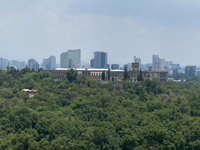 Impresionante Vista Al Castillo De Chapultepec