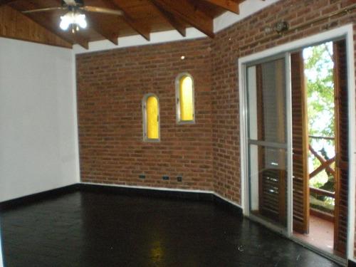 Casa En Lote Propio  En Martinez