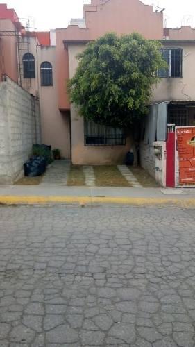 Casa En Renta Sobre La Av. Real Del Bosque En Tultitlán, Estado De México.