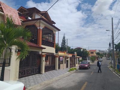 Alquilo Casa Planta Baja 3 Hab/ 180 Mt2 Res. Cuidad Real 1