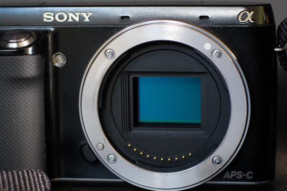 Sony Alpha Nex F3