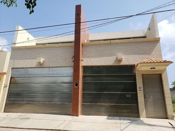 Amplia Casa En Venta, Colonia Rancho Alegre I, Coatzacoalcos, Ver.