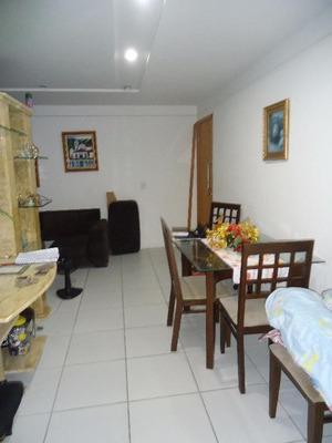 Apartamento Residencial À Venda, Encruzilhada, Recife. - Ap0070