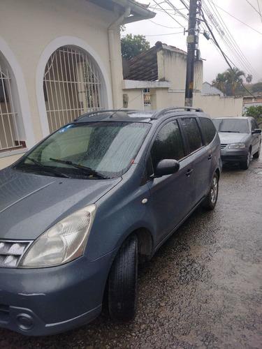 Imagem 1 de 6 de Nissan Grand Livina 2012 1.8 S Flex 5p