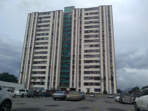 Apartamento En Venta Zona Oeste Barquisimeto Lara 20-2640
