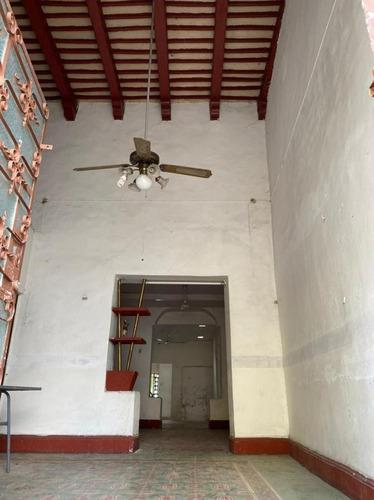 Imagen 1 de 20 de Casa Ubicada Cerca Del Hospital Horan