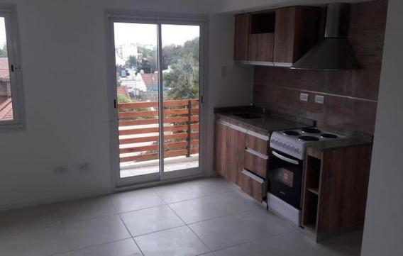Venta Ph Monoambiente Con Balcón Reciclado
