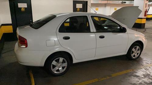 Chevrolet Aveo Family Std 1.5 Blanco 4 Puertas