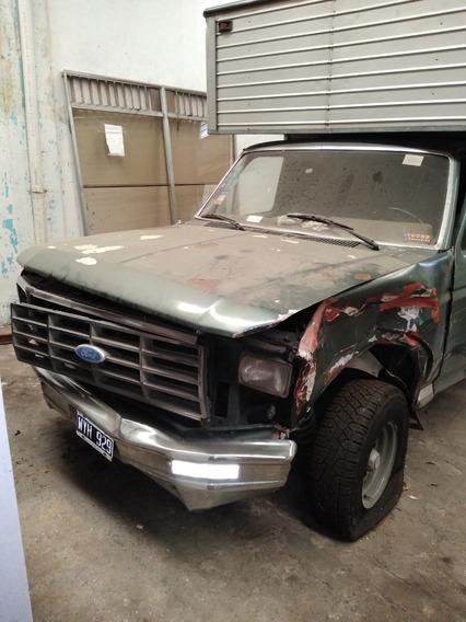 Ford F100 Deluxe (no Chevrolet,volkswagen,fiat,renault)