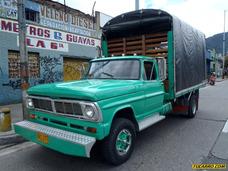 Ford F-350 Camion Estacas