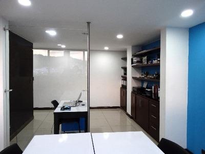 Oficina - Venta La Leonora. Código (9000)