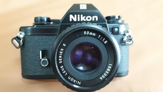 Camera Nikon Em