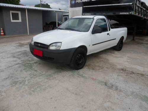 Carro Ford Courier 1.6