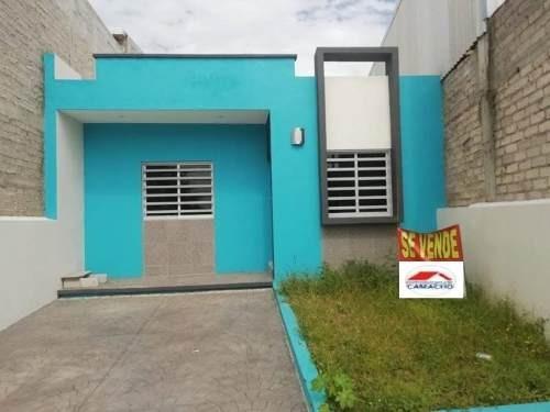 Casa Sola En Venta Carlos De La Madrid, Villa De Álvarez, Zona Norte De Colima...