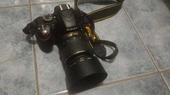 Camera Nikon D3200 + Lente 55 - 200mm