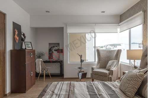 Renta De Hermosa Casa En Fracc. La Vista Exclusiva Zona De Slp, Con Vigilancia Las 24hrs