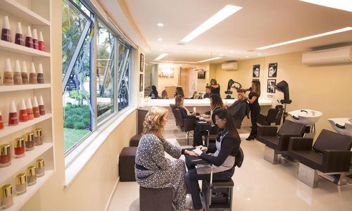 Imagem 1 de 1 de Vendo Salão De Beleza - Consolidado No Mercado