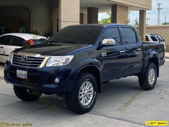 Toyota Hilux V6 4x4