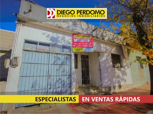 Imagen 1 de 8 de Casa En Venta 3 Dormitorios, San José