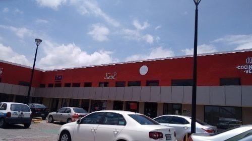 Local En Plaza Comercial Sobre Avenida 15-lr-4876
