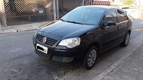 Volkswagen Polo Sedan 1.6 Flex - Único Dono