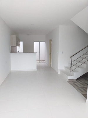 Vendo Casa Esquinera En La Urb. Verona- Montería