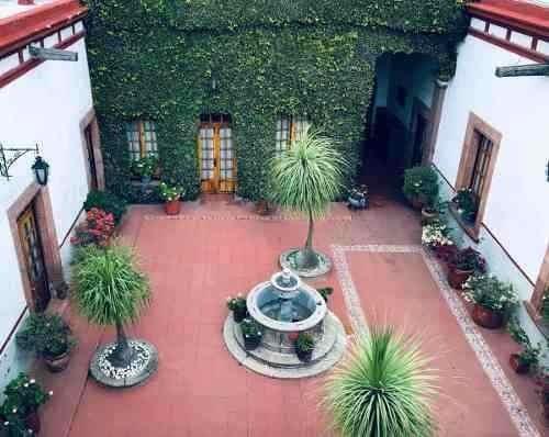 En El Centro Histórico De Querétaro, 4.5 Baños, 7 Recamaras