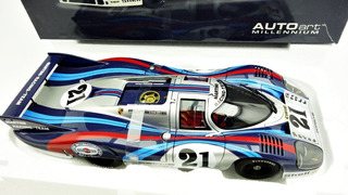 1:18 Autoart Porsche 917 Long Tail Le Mans Martini 1971