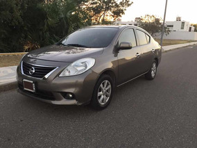 Nissan Versa 1.6 Advance At 2013