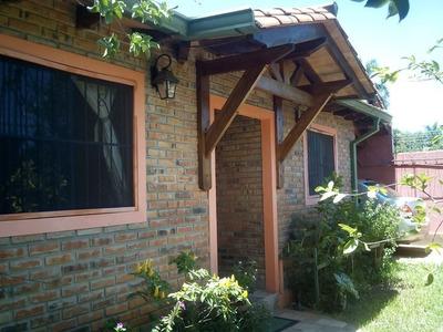 Alquilo Casa En Luque. Barrio Avellanas. Cod 2673