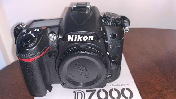 Máquina Fotográfica Nikon D7000 Com 4 Lentes E Acessórios.