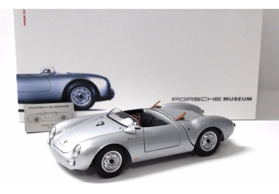 Miniatura Porsche 550 Spyder Schuco Museu Porsche 1/18