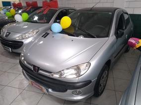 Peugeot 206 1.4 Presence Flex 5p 2007 (baixo Km)