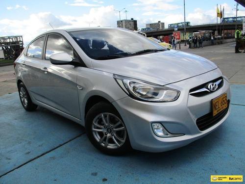 Hyundai Accent I25 Gl 1400cc Mt Aa