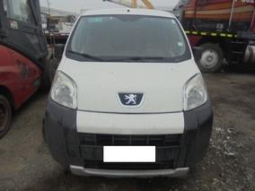 Furgon Peugeot 03-18-238