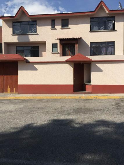 Casa En Venta En Fraccionamiento Club De Golf El Copal